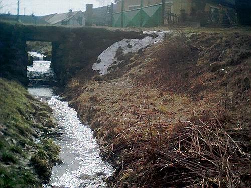 2004 - Přípravy na rekonstrukci (pramen Merklínky) 26.3.